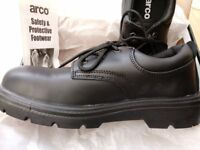 Arco safety shoes size 8, steel toecap, water-resistant, leather upper, brand new, boxed unworn £20