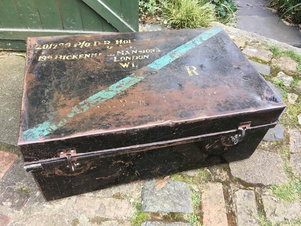 Antique Metal Wwii Military Trunk Coffee Table