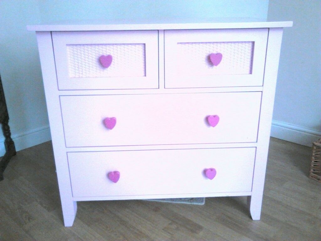 chest of drawer's