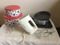 Hand held electric mixer and other cake making/ baking items (price is for the lot but may spit)