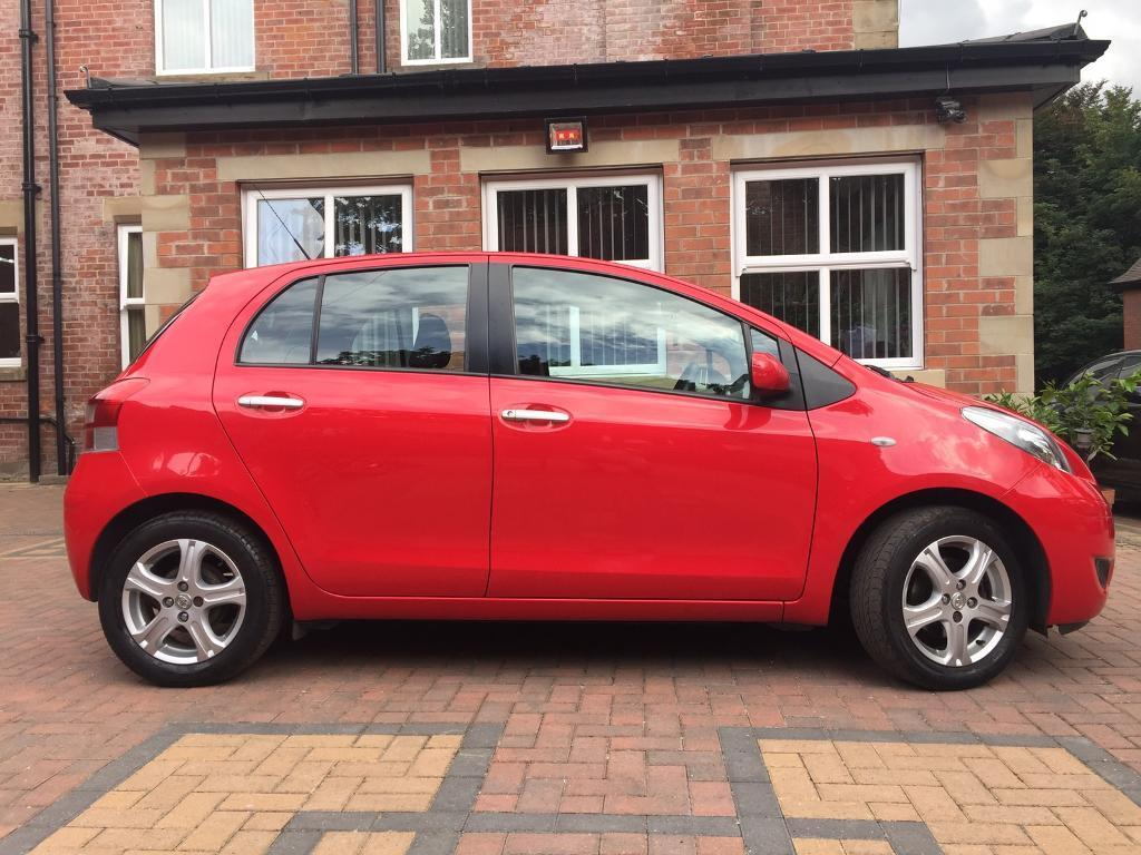 toyota yaris 1 4 d 4d diesel tr spec 2010 red 5dr 6 speed in rotherham south yorkshire. Black Bedroom Furniture Sets. Home Design Ideas