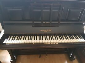 Piano for sale £20