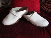 WHITE CLOGS Size 39