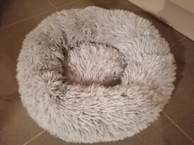 Brand new calming dog bed