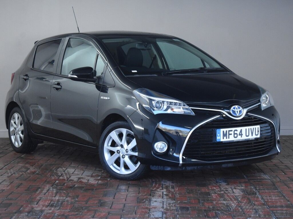 toyota yaris 1 5 hybrid excel 5dr cvt auto black 2014 in winsford cheshire gumtree. Black Bedroom Furniture Sets. Home Design Ideas