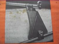 Pair of roof bars for vehicles WITH GUTTERS,bars 5ft ideal medium van.