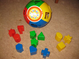 NOISY BALL SHAPE SORTER - IMMACULATE - FUN LEARNING TOY - 12 shapes & clock