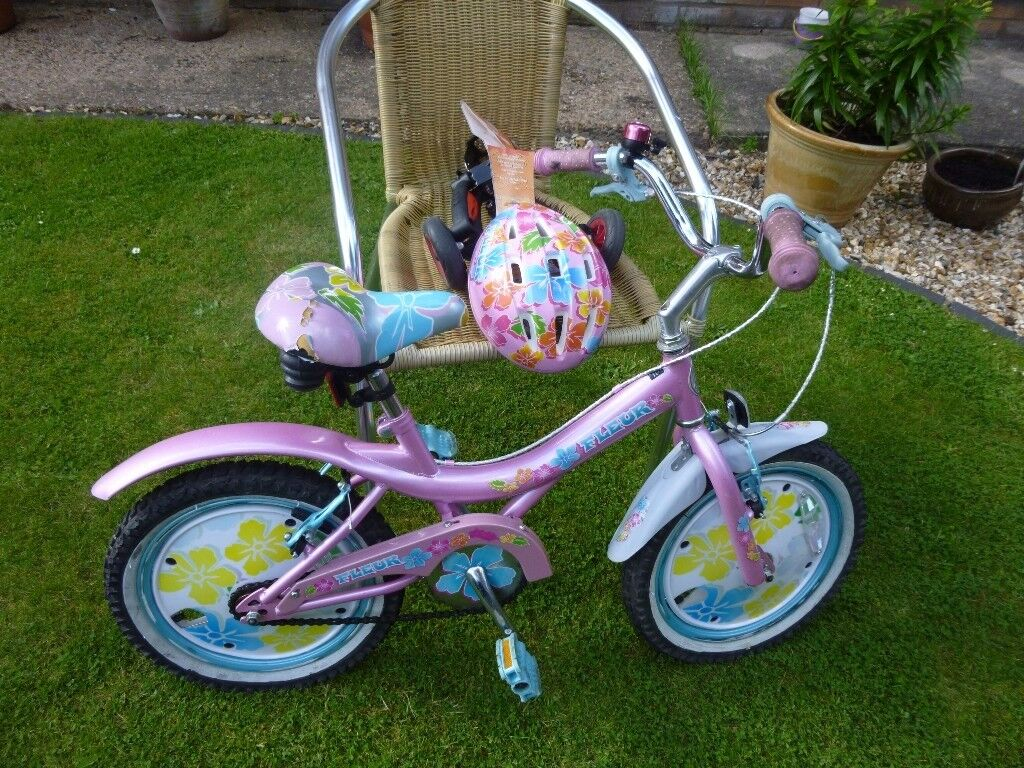 GIRLS BIKE & HELMET & STABILISERS UP TO AGE 8YRS - V.GOOD CONDITION