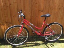 Globetrotter round bike in red