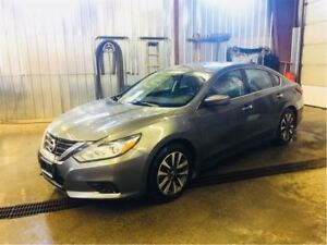 2016 Nissan Altima 2.5 SV / WINTER TIRES INCL.