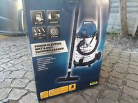NEW. WorkZone 1500W electric wet and dry vacuum cleaner.
