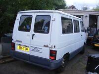 renault traffic minibus diesel only 39k