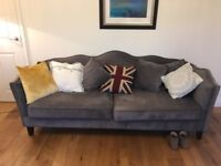 Beautiful sofa, lots of compliments as new