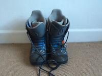 Mens Burton Snowboots, UK Size 9