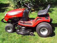 """Murray ride on mower with grass boxes 42"""" cut good working order"""