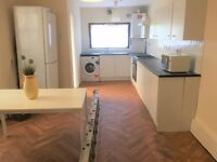 PROPERTY HUNTERS ARE PLEASED TO OFFER A 4/5 BEDROOM HOUSE TO RENT FOR £2000PCM IN FOREST GATE !!