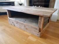 Handmade pallet wood coffee table