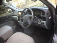 Campervan 2001 Toyota Regius 2.7l dual fuel LPG and unleaded