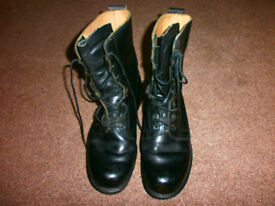 Army Boots Size UK 8. Used