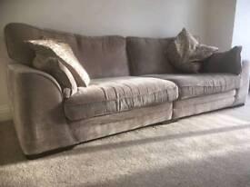 4 Seater Sofa & Snuggle Chair
