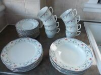 Porcelain Dining Set CROWN DYNASTY