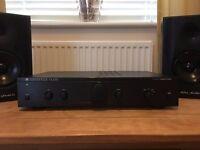 Cambridge Amplifier and speakers