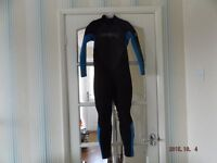 Lightly used kids O'Neill wetsuit
