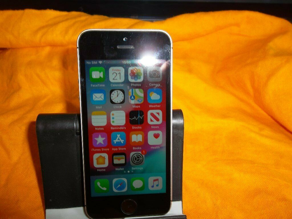 apple iphone se 32 gb space grey unlocked a1723 smartphone in bromley london gumtree