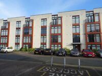 2 bed flat near Manchester Airport and wythenshawe Hospital