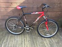 ADULT REACTOR MOUNTAIN BIKE WITH 18 GEARS