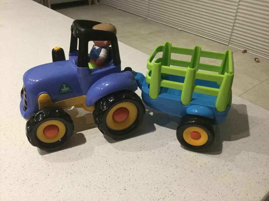 ELC tractor and trailer with sounds