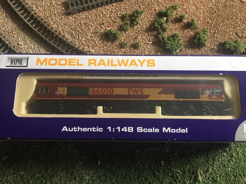 N gauge loco and wagons
