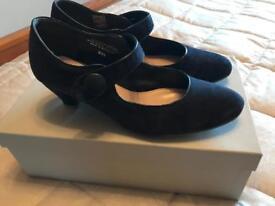 Navy Carvela Shoes size 6