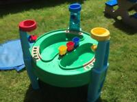Children's sand water play table with cover