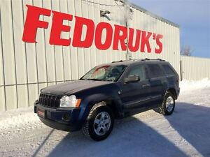 2005 Jeep Grand Cherokee Laredo Package ***FREE C.A.A PLUS FOR 1