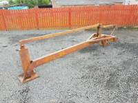 Tractor three point linkage post stob chapper