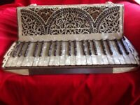 HIGHLY ORNATE PIANO ACCORDIAN