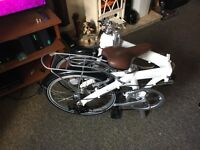 Folding push bike 7 gears brand new brought for 900 shall sell for 400