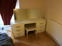 Lovely vanity table complete with mirror and stool - £40