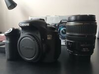 Canon 60D + EF-S 17-85mm 1:4-5.6 IS USM zoom Lens + Accessories