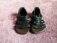 Size 4 brand new infant
