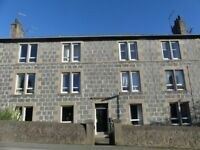 For lease two bedroom fully furnished first floor flat