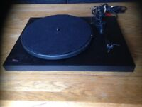 Pro-Ject Debut II Turntable Project Deck Vinyl Record Player