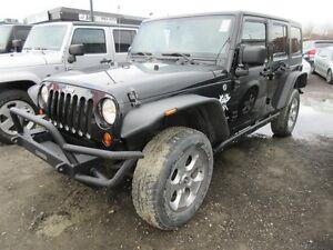 2011 Jeep Wrangler Unlimited Unlimited Sahara 4x4, Push Bar, LOO