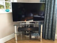 Television Stand in Glass and Steel