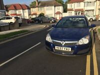 Low mileage One owner Astra mot until April 2017 £999