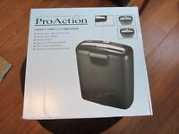 COMPACT PAPER SHREDDER PROACTION 5 STRIPS AT A TIME