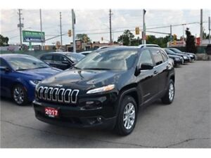 2017 Jeep Cherokee North - 4x4  Winter Tires  Bluetooth