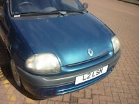 renault clio, 5 doors, private plate, recent mot