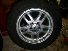 Range rover 18 inch alloys 4 new general grabber tyres